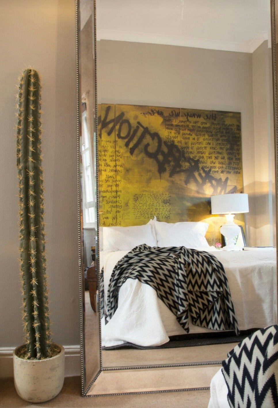 Yatak Odası Dekorasyon Bedroom Decoration Photo elaynebarre.com #yatakodası #bedroom #decorationstyle #eclecticstyle #eklektikdekorasyon #walldecor #wallpaper
