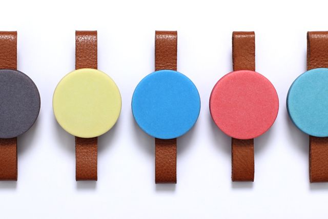 Durr by Skrekkøgle - A vibrating watch that marks the passing of time