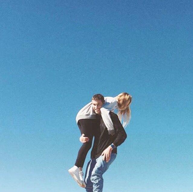 Jack Freestone and Alana Blanchard. Jalana. Surf couple. #alanablanchard Jack Freestone and Alana Blanchard. Jalana. Surf couple.