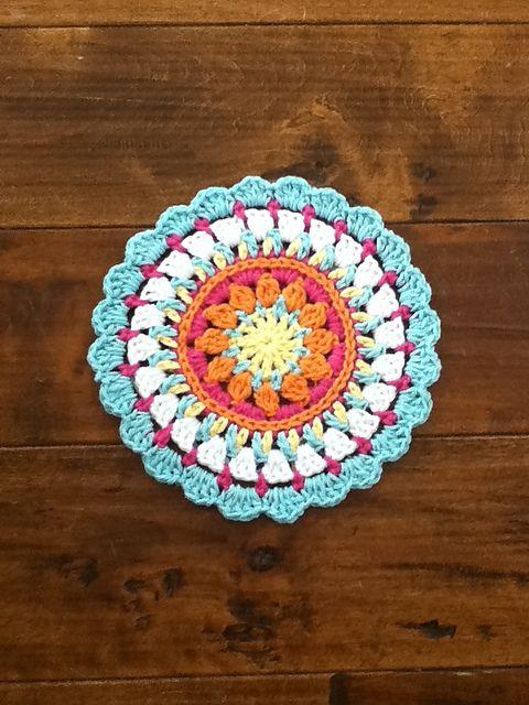 Ravelry: pequeña primavera Mandala patrón de Barbara Smith