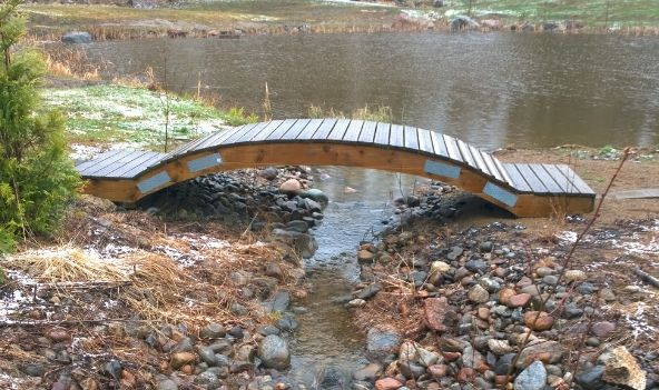 Kaarisillan rakentaminen - Building an Arched Bridge - KEKSIN.FI