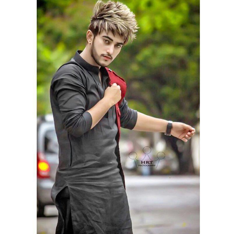 Zaara Shaikh Photography Poses For Men Stylish Boys Photoshoot Pose Boy