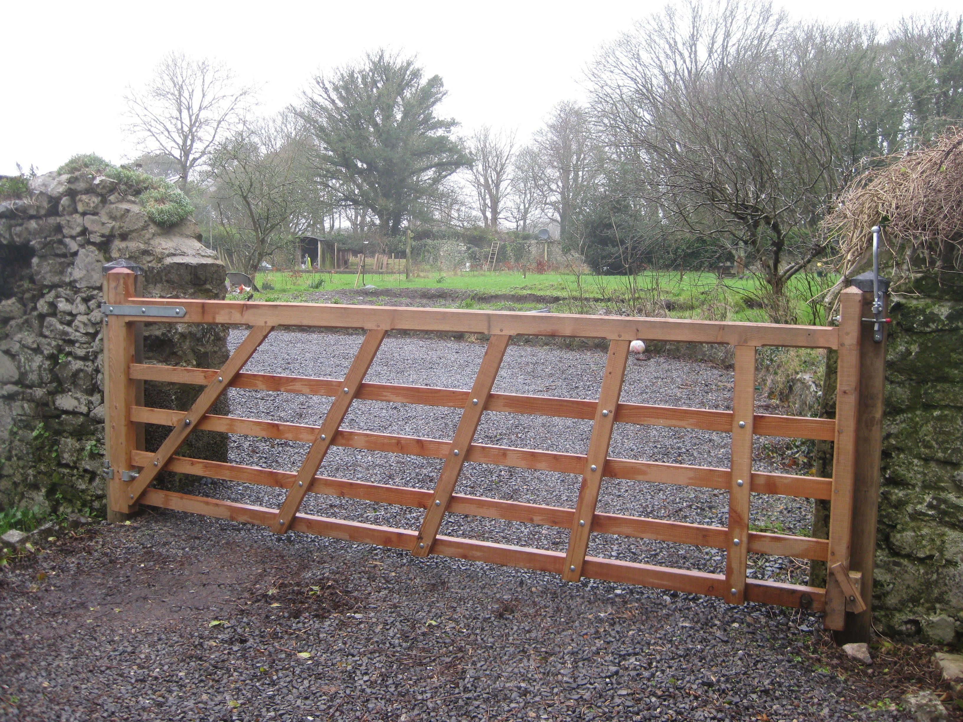 Larch Pembrokeshire field gate made to your specifications ...