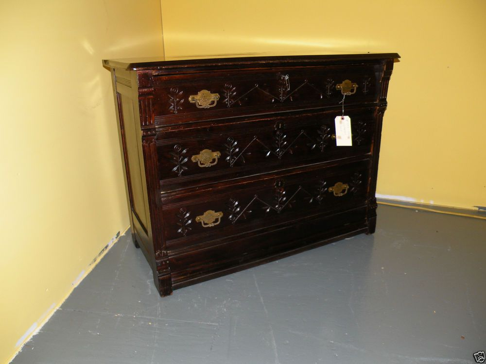 19TH CENTURY ANTIQUE VICTORIAN BEDROOM CHEST OF DRAWERS WITH KEY - 19TH CENTURY ANTIQUE VICTORIAN BEDROOM CHEST OF DRAWERS WITH KEY