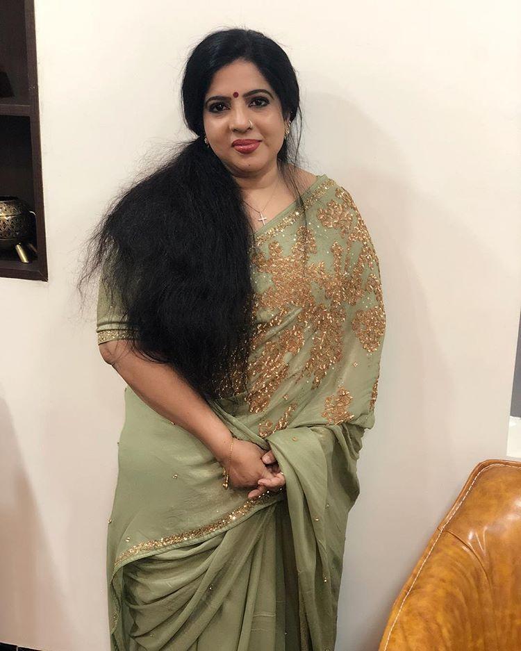 Pin On Aunty Desi Hot