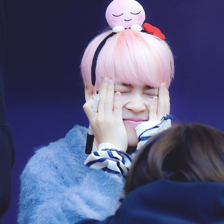 Jimin Cute Hands Cute Pink Hair Park Jimin