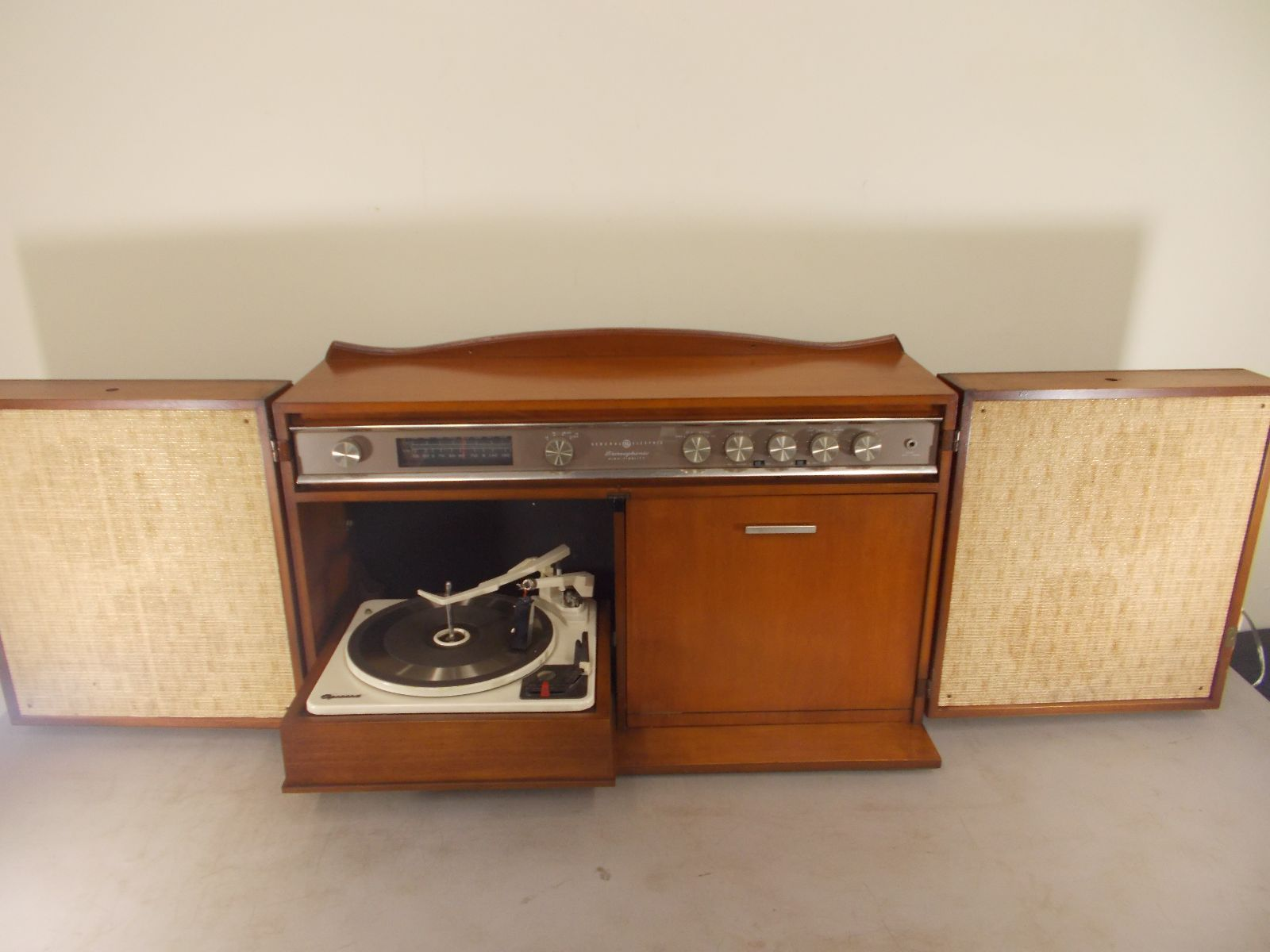 Ge Console Hi Fi Stereo Model Rc 1672a Garrard Turntable Tube Amp