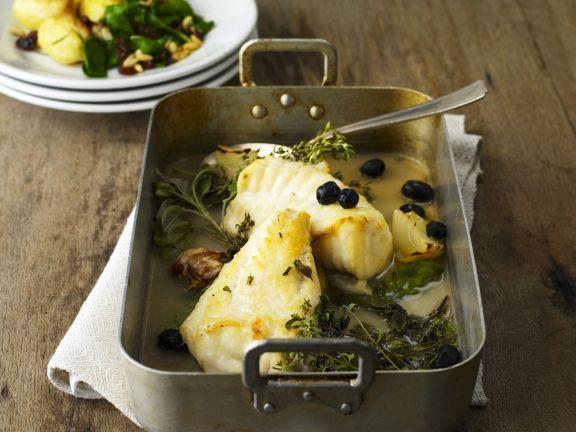 Anglerfisch mit Oliven ist ein Rezept mit frischen Zutaten aus der Kategorie Fruchtgemüse. Probieren Sie dieses und weitere Rezepte von EAT SMARTER!