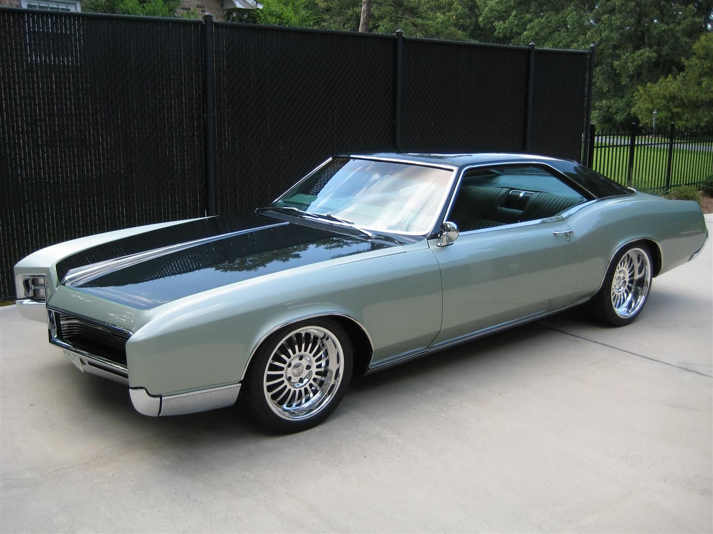 Beau Shiny Riviera U2013 Buick Riviera On True Forged Wheels