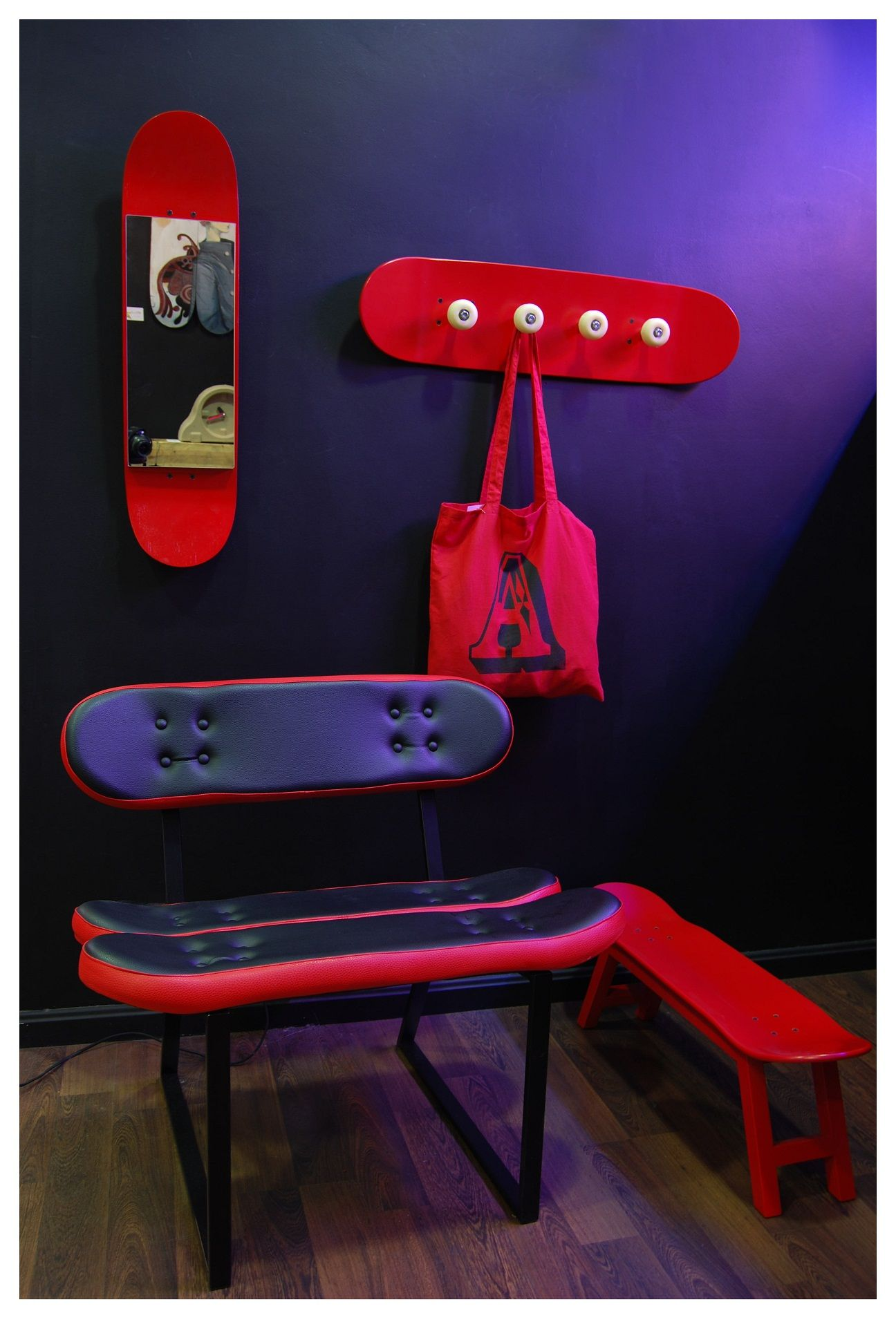 The following post will give you inspiration how to create a sporty decoration in the house. The easy way is add a furniture with sporty design, like in the following. These furniture was created by Skate-Home. Skate-Home makes furniture and home accessories from repurposed skateboard decks. One of the home accessories is skateboard deck clock. The company offers a wide variety of home accessories that you would probably never imagine could be built from skateboards.