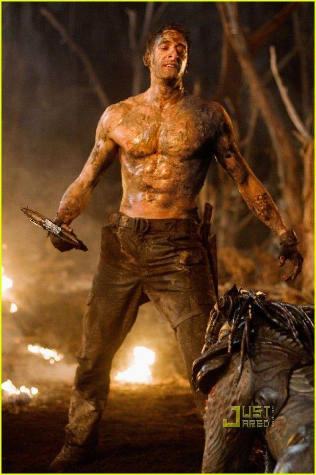 Adrien Brody In Predators Com Imagens Adrien Brody Predadores