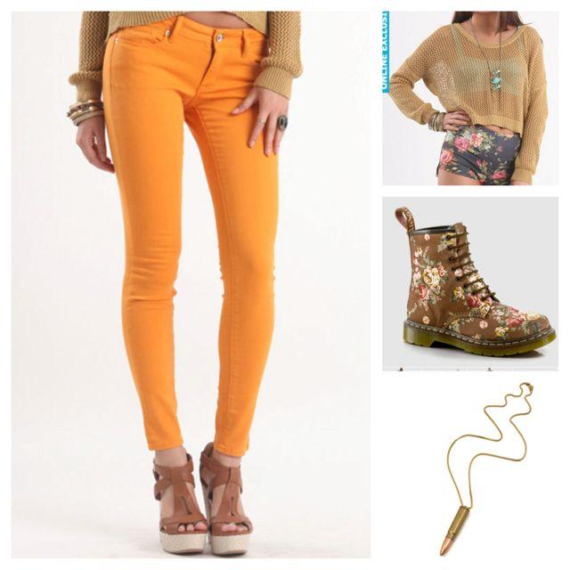 Jeans: pacsun  sweater: pacsun Boots: dr martens Necklace : motel rocks  #pacsun #bullheadblack