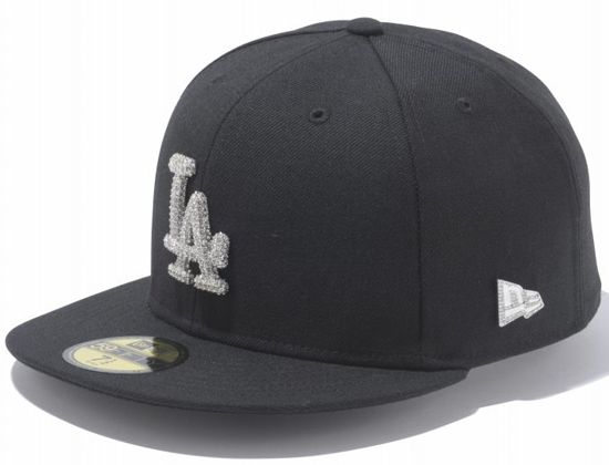 3ef42a07527 Crystal Logo 59Fifty Fitted Cap By NEW ERA x MLB x SWAROVSKI ...