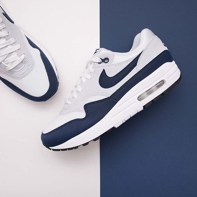 best website 9f750 0e6b2 Nike Wmns Air Max 1 - 319986-104 •• En damspecifik och väldigt klassisk