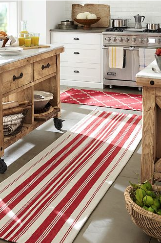 the perfect durable rug to brighten up your kitchen http://rstyle.me/n/msdiepdpe