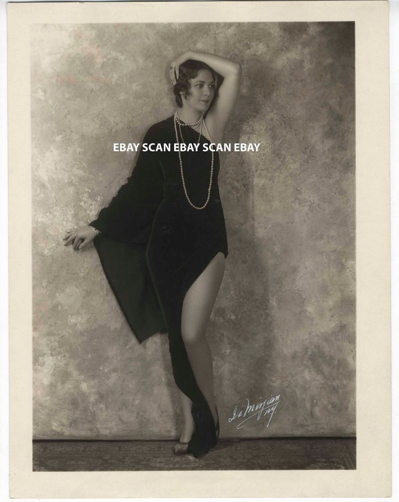 Theatrical Cabcard    Beautiful Risque Julie Marlowe Spinning     Marion dodge sexy risque smoking vintage dbl wt portrait photo by debarron