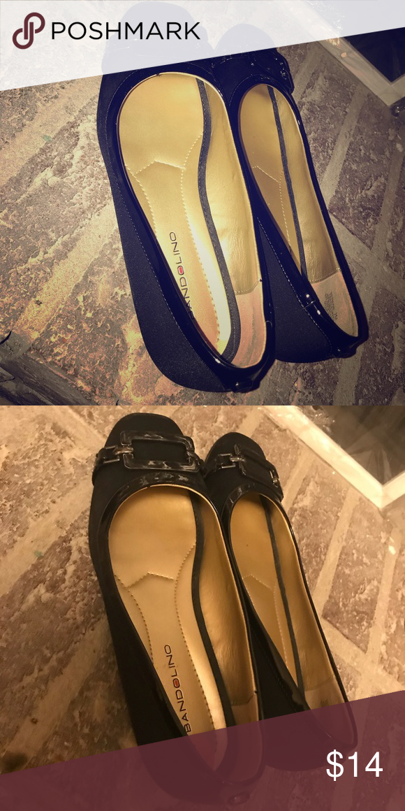 BLACK FLATS Black classy flats that were worn one time!! In excellent condition Shoes Flats & Loafers