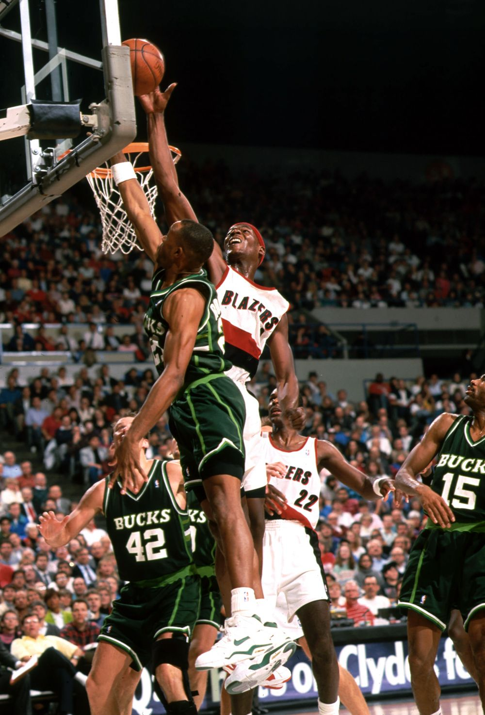 Clifford Robinson Portland Trail Blazers Milwaukee Bucks