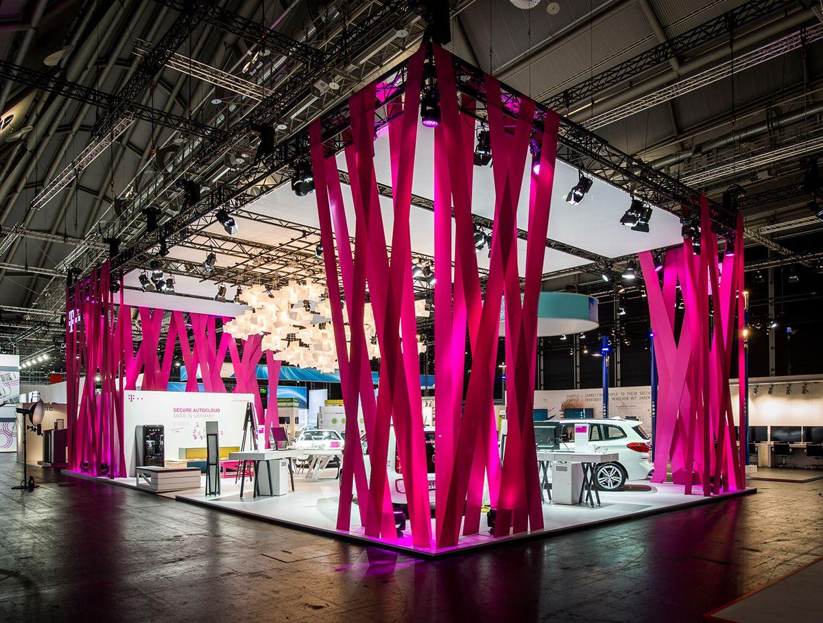 Deutsche Telekom IAA 2015 on Behance … Дизайн стенда