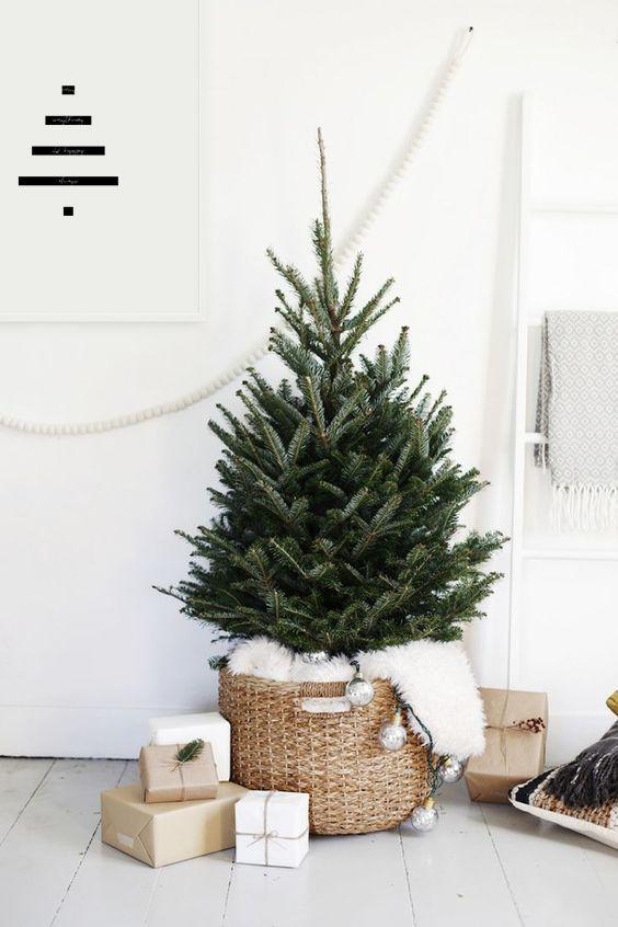 Little Tree Simple Christmas Decor Scandinavian Christmas Decorations Minimalist Christmas