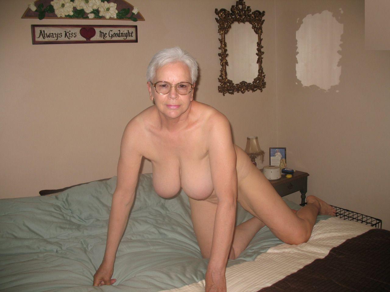 Ass hot amateur seniors nude affair