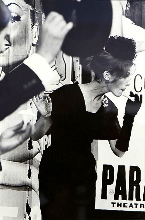 theniftyfifties:  Fashion photography by Saul Leiter, 1959