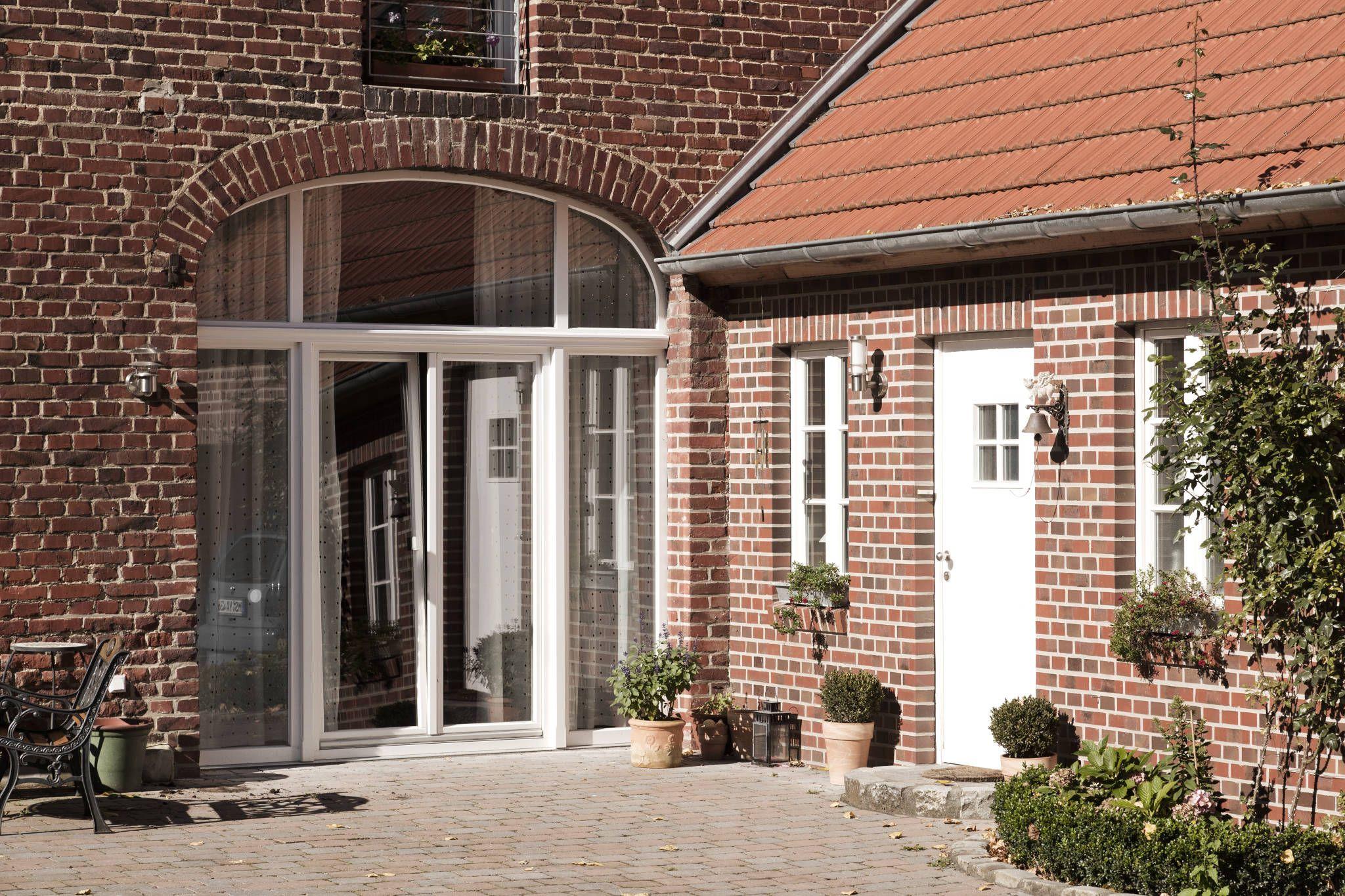 Lieblich Ehemaliges Scheunentor Mit Großzügiger Verglasung : Fenster U0026 Türen Im  Landhausstil Von Lecke Architekten