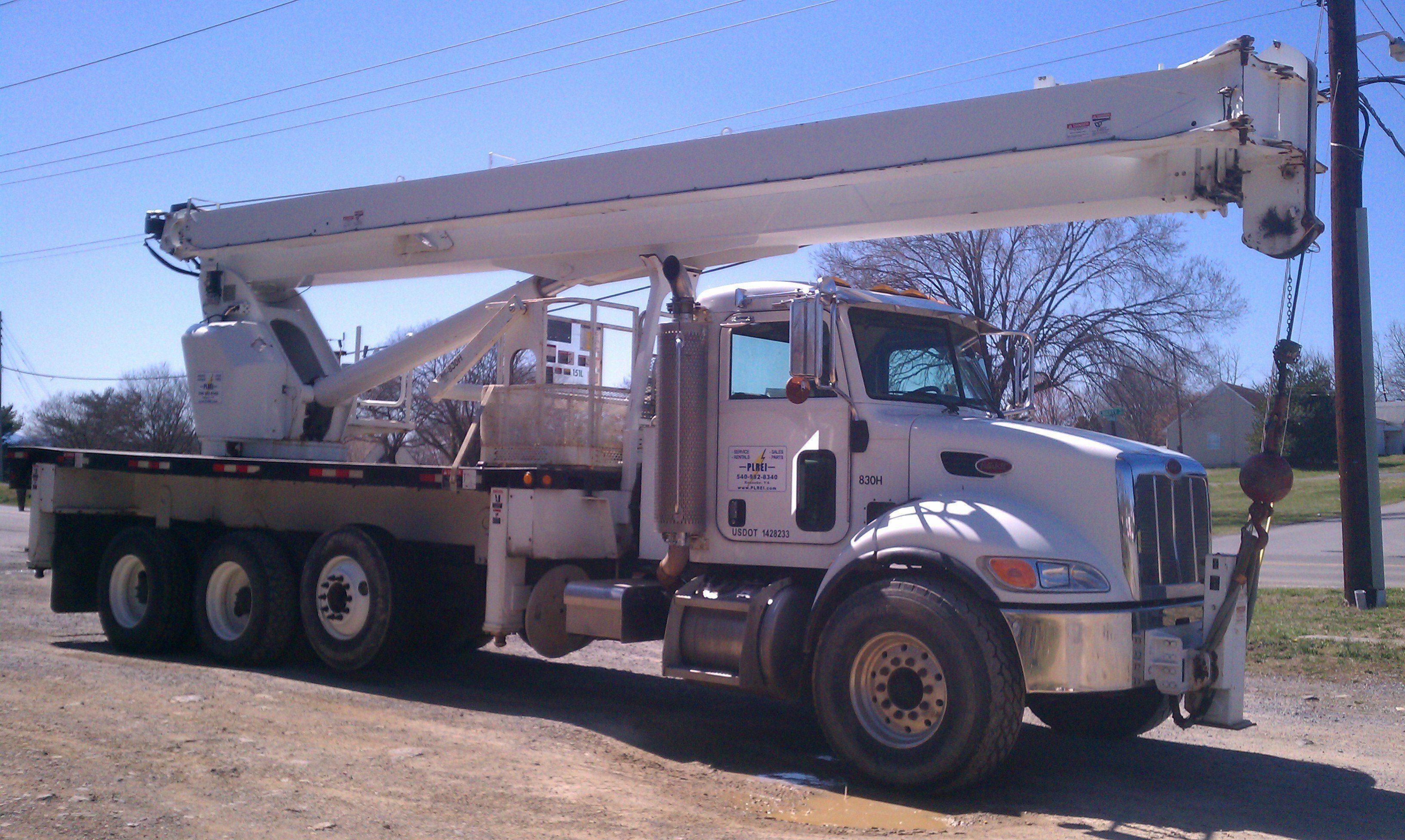 Ltec model ac38127 crane 76000 lb max lift capacity
