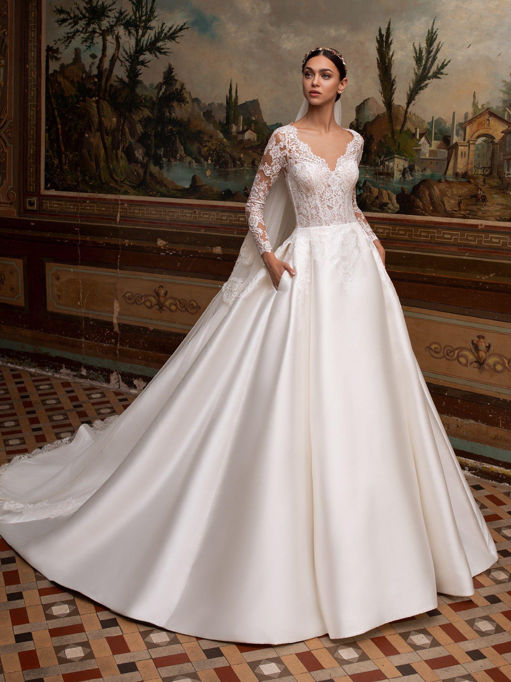 Pronovias Albion Wedding Dress Pronovias Wedding Dress Wedding Dress With Pockets Princess Wedding Dresses [ jpg ]