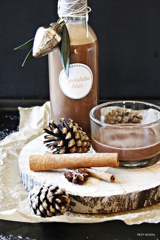 spekulatius lik r homemade geschenk zu weihnachten homemade almond biscuit liqueur my. Black Bedroom Furniture Sets. Home Design Ideas