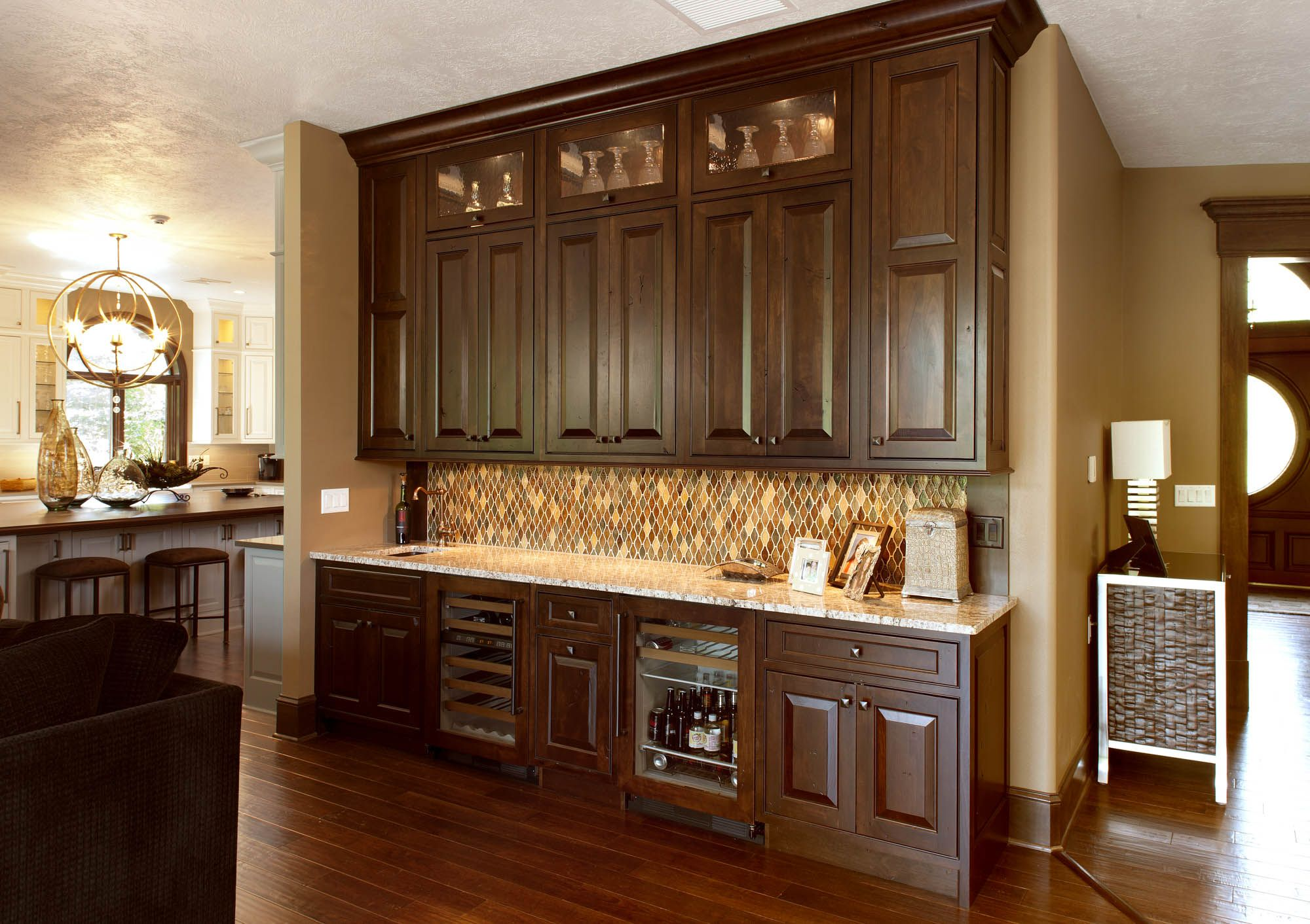 Spacious and Distinctive Kitchen, Kitchen pictures