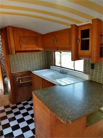 1952 Stewart Coach 37 feet 2 bedroom 1 full size bathroom