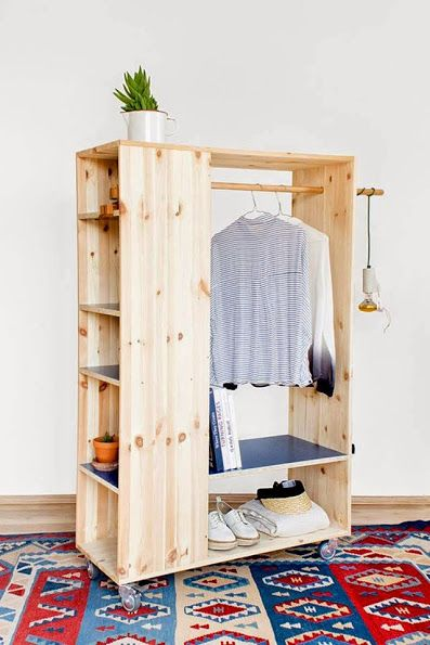 Armario, librero móvil. De madera. | carpinteria | Pinterest ...