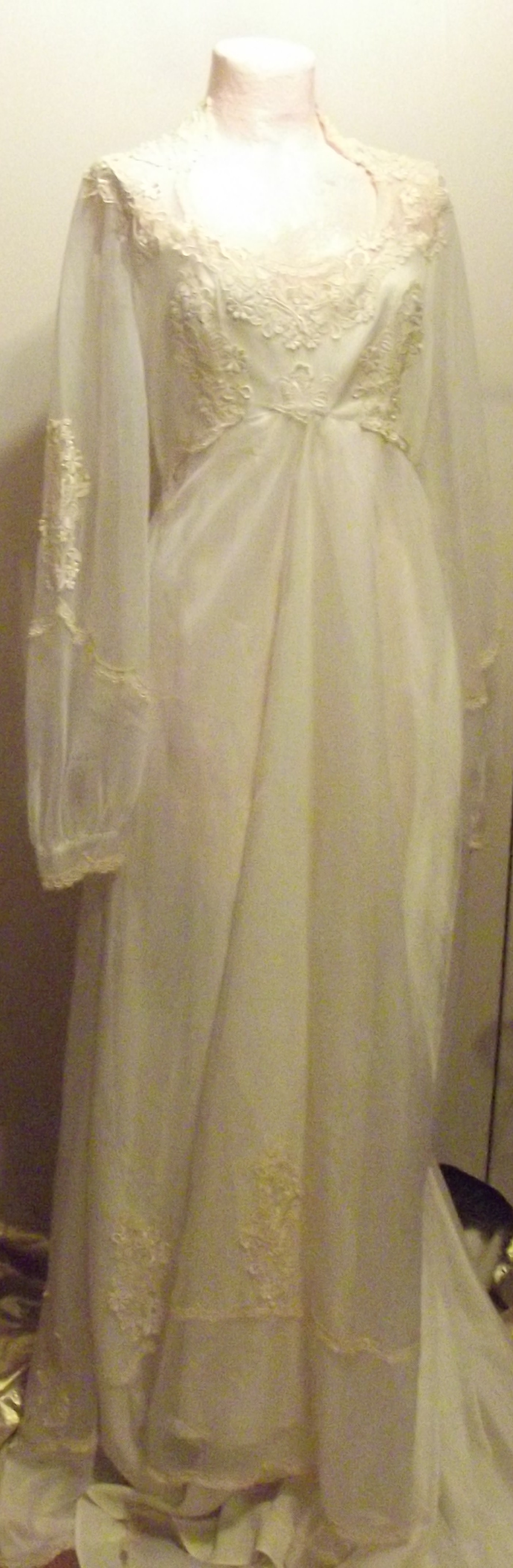 Southern belle wedding dresses  Vintage Southern Wedding Dress  Southern Charms Yall  Pinterest