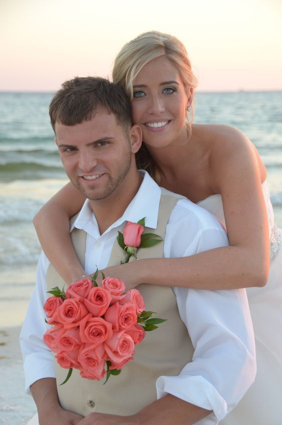 Vow Renewal Simple Bridal Bouquet Of Coral Roses And Greenery Destin Beach Wedding Photo By Sunshine Company