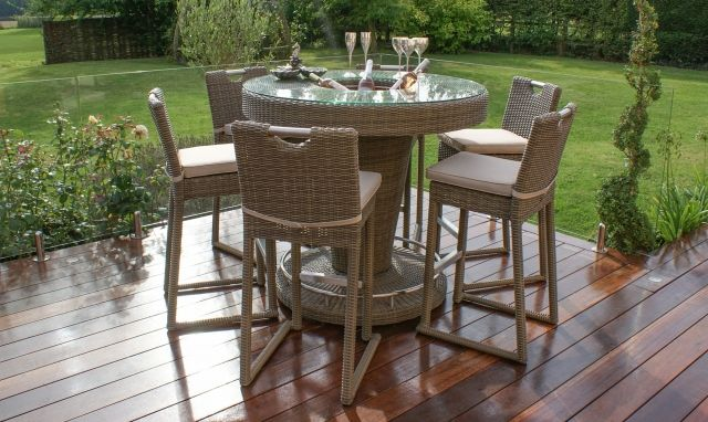 6 Seater Rattan Garden Bar Set With Ice Bucket In Champagne
