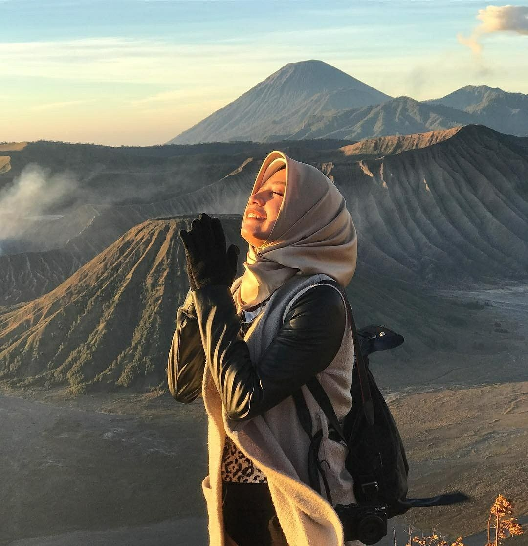 Morning Good People How Your Morning Starting Hope You Are Having Lovely Time Location Gunung Bromo Jawa Timur Fotografi Mendaki Fotografi Minimalis