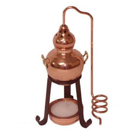 This beautiful Copper Alembic Style Diffuser uses a tea light ...
