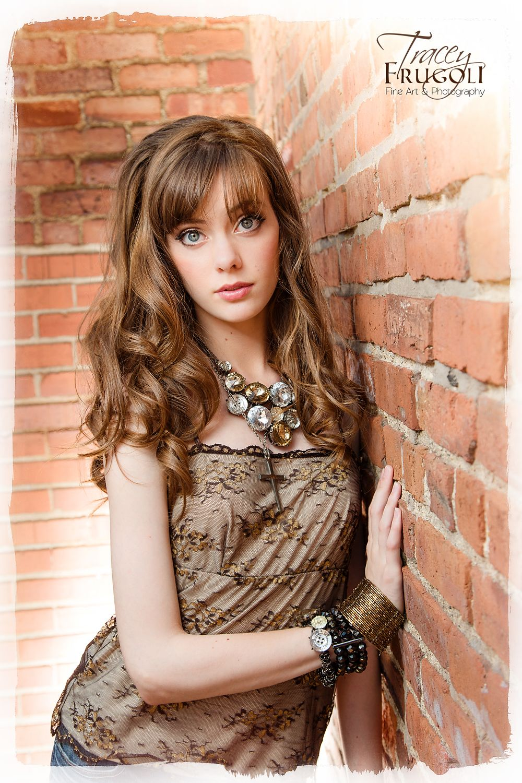Laura Dennis Nude Photos 14