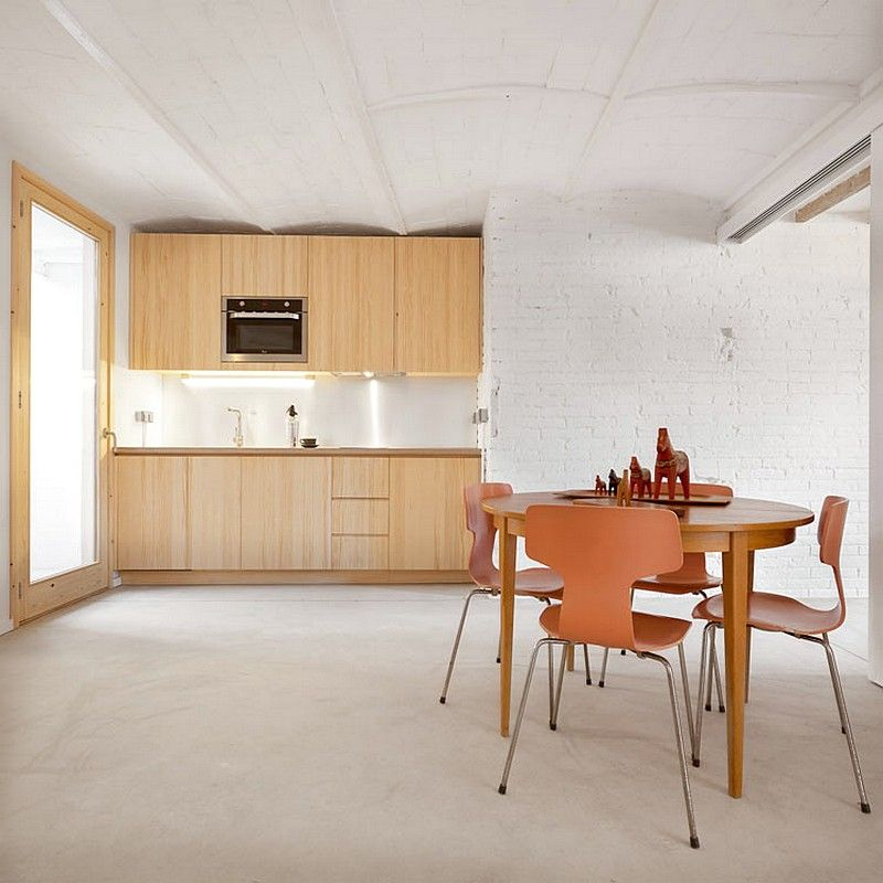 Cozy Little Flat In Barcelona With Low Cost Interior