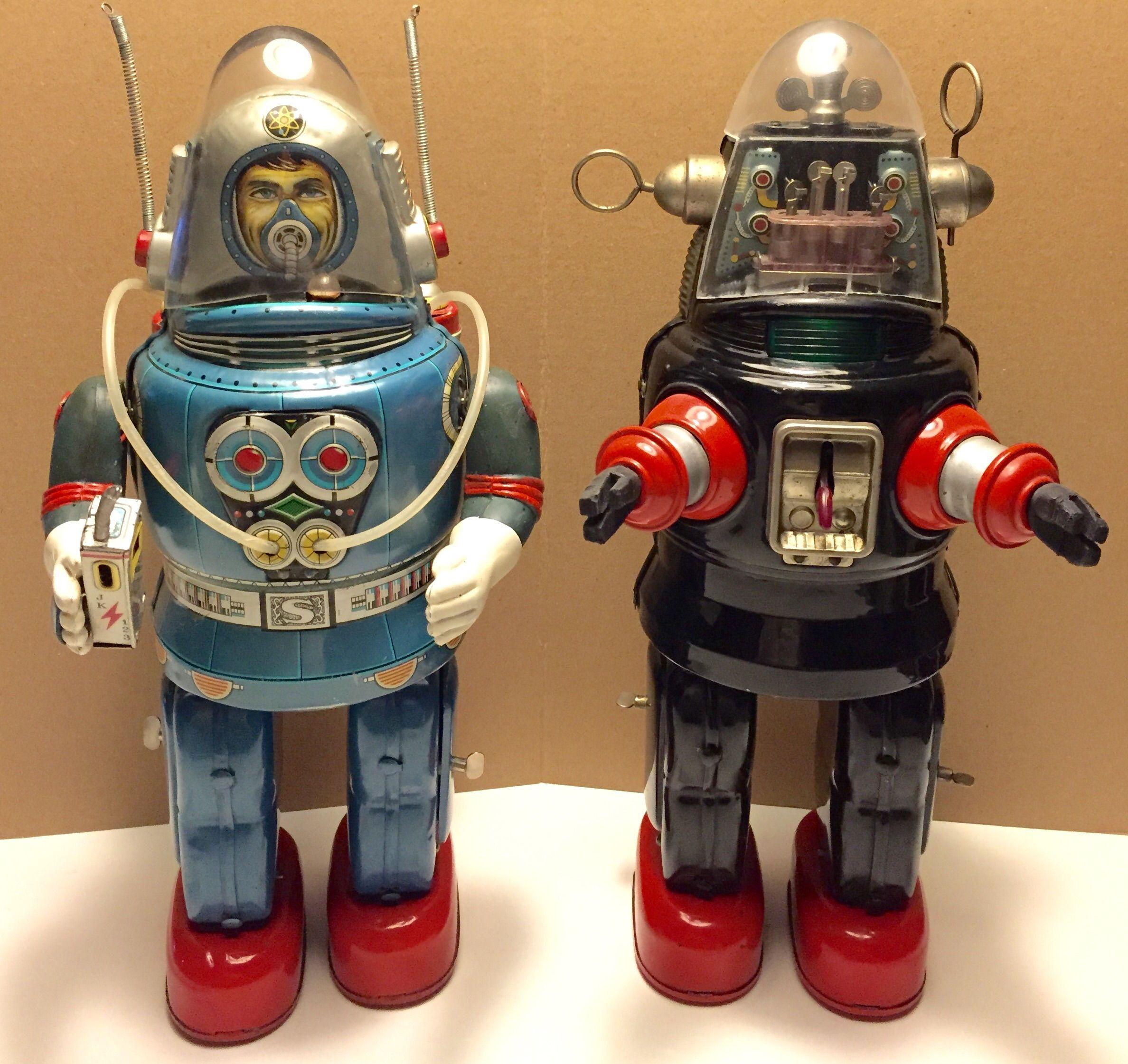 Nomura mechanized robot & rosko astronaut