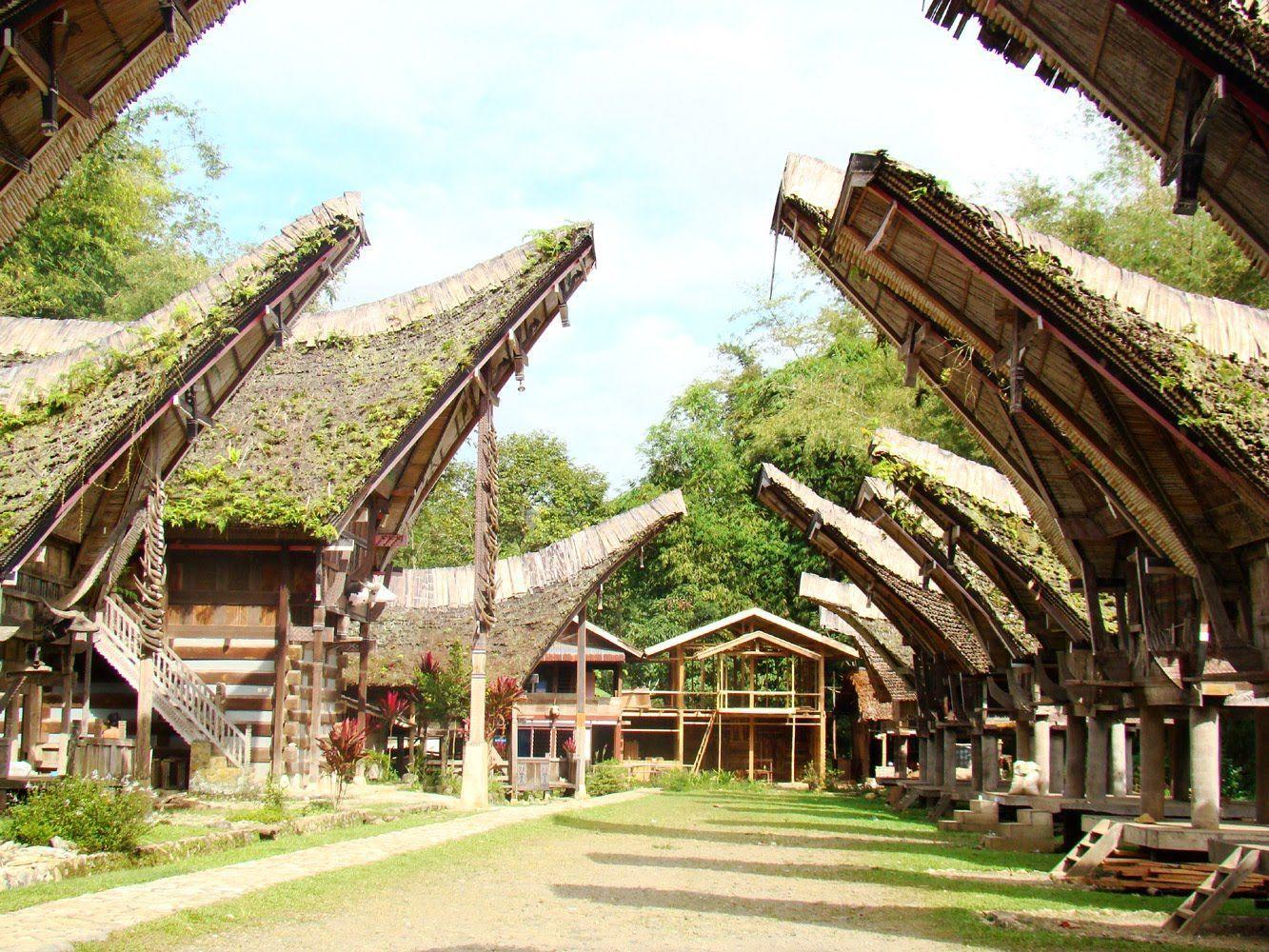 Rumah Adat Medan
