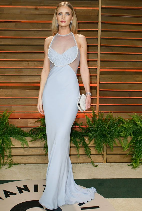 Rosie Huntington-Whitely looks breathtaking in this pearl blue dress.
