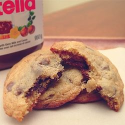 Nutella Stuffed Choc Chip Cookies by mariescuisine