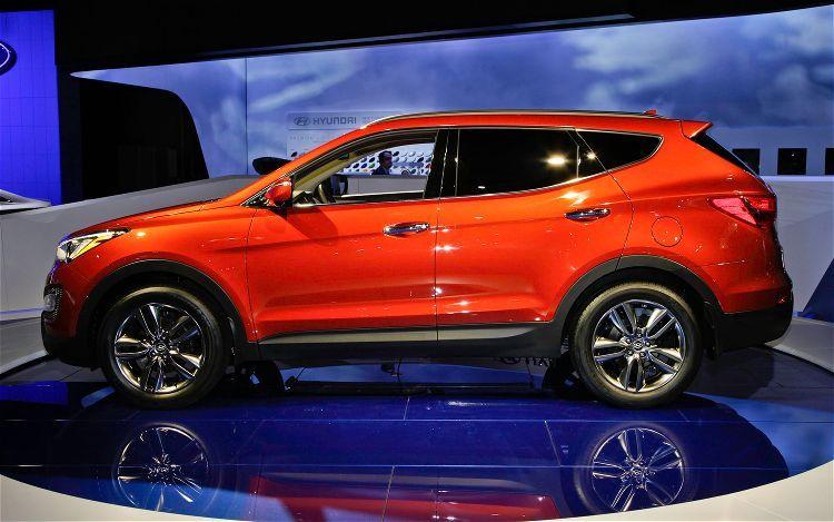 2013 Hyundai Santa Fe Left Side View Hyundai santa fe