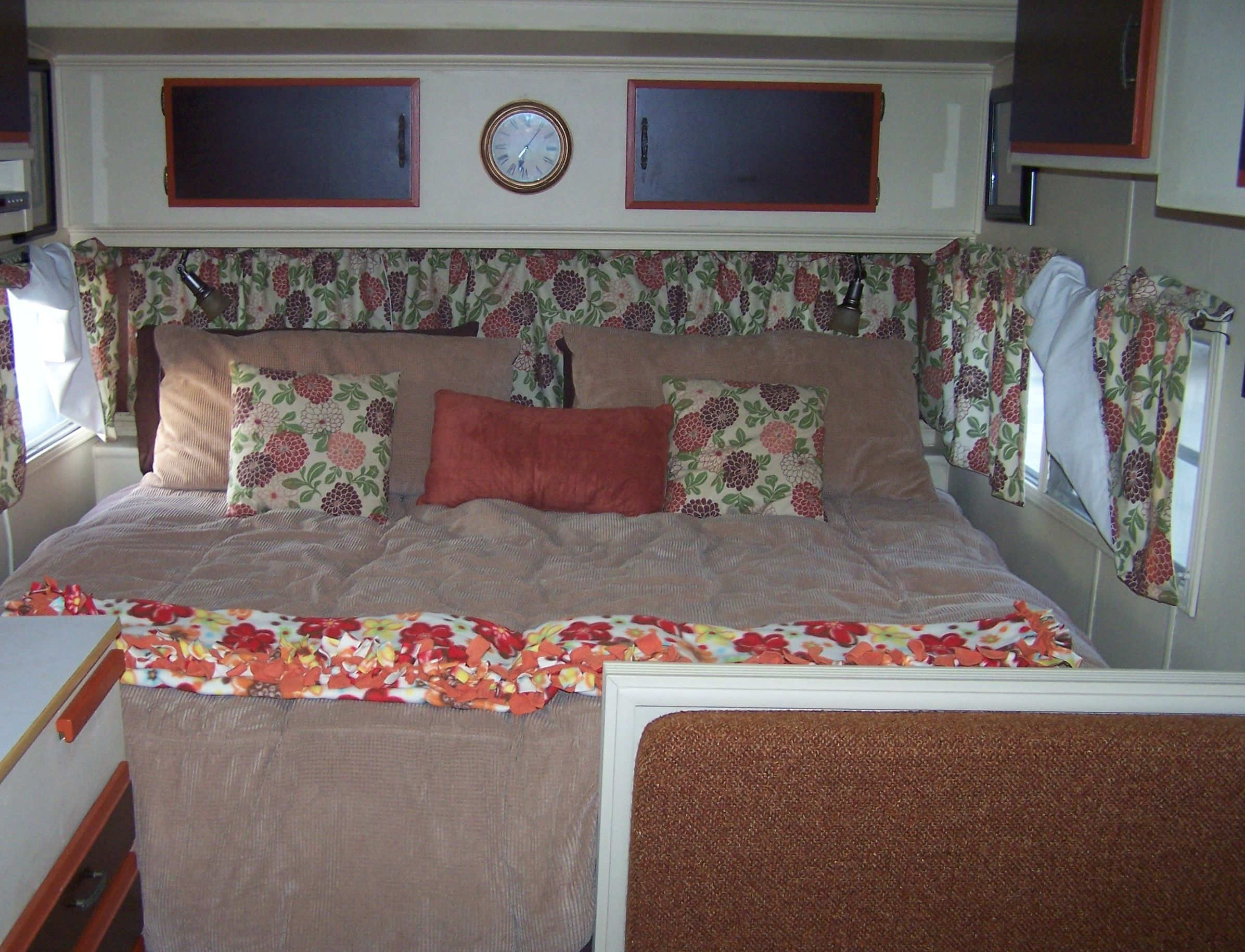 A King Size Bed Inside 71 Prowler