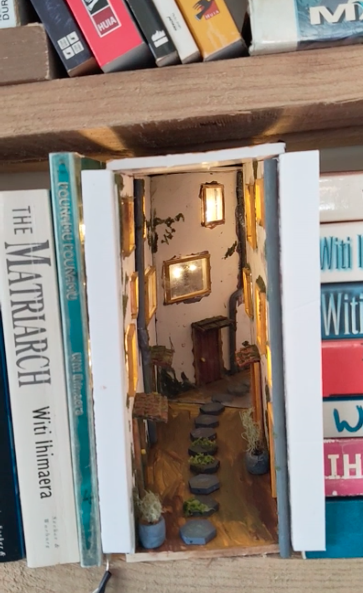 15 Book Nook Shelf Inserts That Ll Make You Want To Create One Of Your Own Book Nooks Bookshelf Art Miniature Books