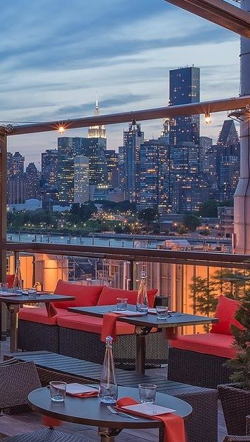 From Tacos To Steak Lobster Rolls Here Is Were Spend The Summer In Nyc