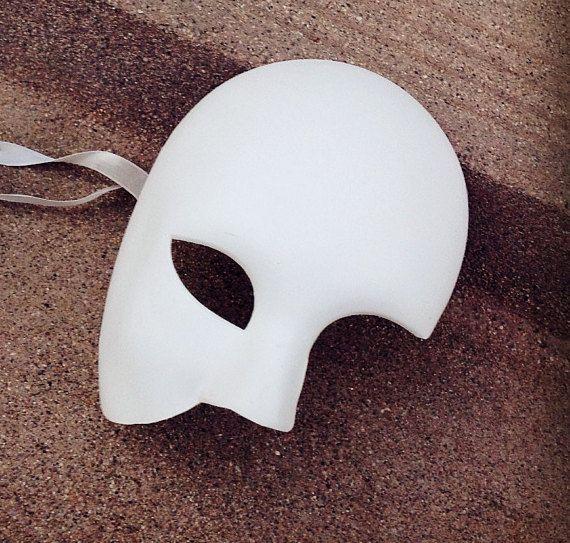 Hey, I found this really awesome Etsy listing at https://www.etsy.com/listing/248474377/brand-new-venetian-phantom-blank-white