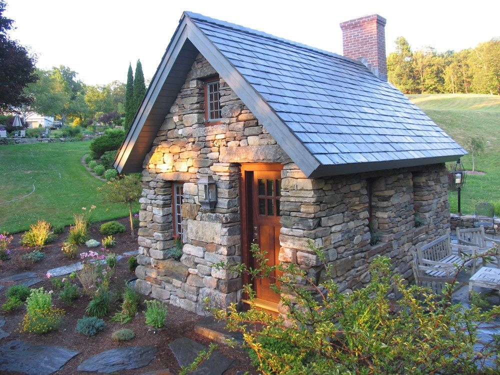 Thoreau cabins 213 tiny house ideas for Small stone cottage